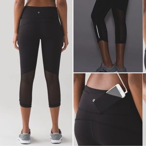 "Lululemon hit it 21"" black crop yoga leggings"